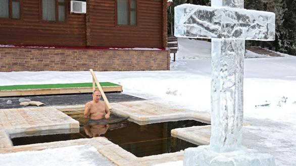 Chế độ ăn uống và tập luyện của Tổng thống Putin: Bất ngờ nhất là ông cho phép bản thân ngủ tới buổi trưa - Ảnh 9.
