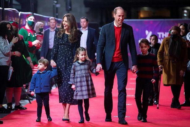 """Là cặp đôi tiên phong với cách nuôi dạy con """"khác thường"""", vì sao Kate và William lại được khen ngợi hết lời? - Ảnh 1."""