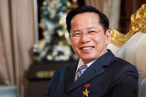 Ông chủ Golf Long Thành góp 500 tỷ cho Quỹ vaccine: Anh hùng từ thiện châu Á, ông trùm sân golf và đại gia mới trong lĩnh vực điện mặt trời - Ảnh 2.