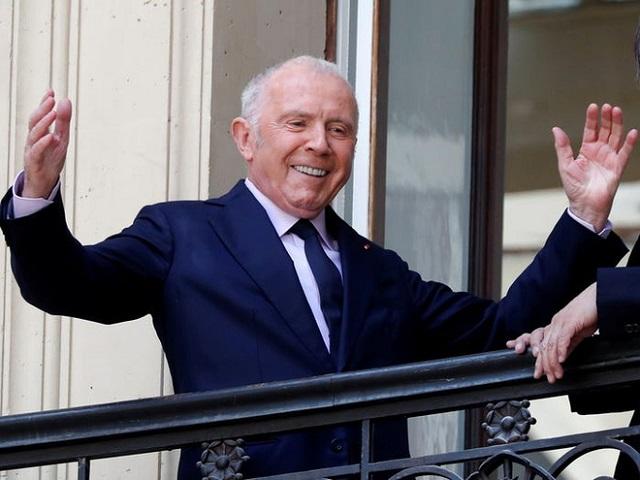 Ngoài ông chủ LV, đây là những tỷ phú hàng hiệu và mỹ phẩm giàu có khác của Pháp - Ảnh 2.