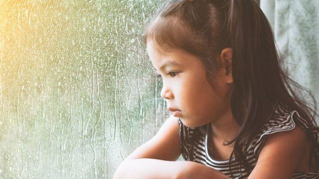 6 cách dạy dỗ sai lầm có thể hủy hoại trí thông minh và tương lai của trẻ, sai lầm cuối là nguy hiểm nhất mà nhiều phụ huynh mắc phải - Ảnh 3.