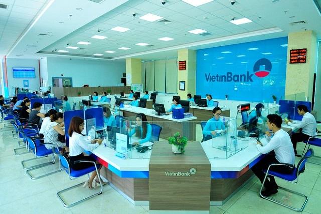 Cổ phiếu ngân hàng trong sóng tăng vốn - Ảnh 2.