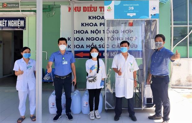 Bệnh nhân 687 trả ơn tuyến đầu đã trị khỏi Covid-19 cho mình: Chế tạo gần chục máy khử khuẩn và buồng khử khuẩn tặng cho các bệnh viện - Ảnh 13.