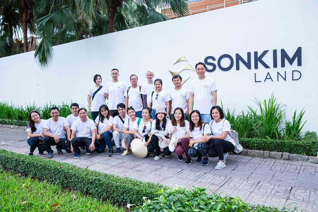 Cặp đôi F2 kín tiếng của gia tộc Sơn Kim Group: Trai tài gái sắc, học trường Top 57 Đại học tốt nhất thế giới, bước đầu tiếp quản cơ nghiệp gia đình - Ảnh 4.
