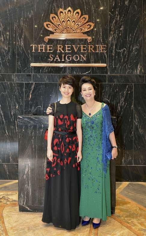 Hai ái nữ siêu kín tiếng của gia tộc sở hữu Thuận Kiều Plaza: Đều là chủ tịch khi mới ngoài 20 tuổi, riêng cô út chưa từng lộ diện - Ảnh 2.