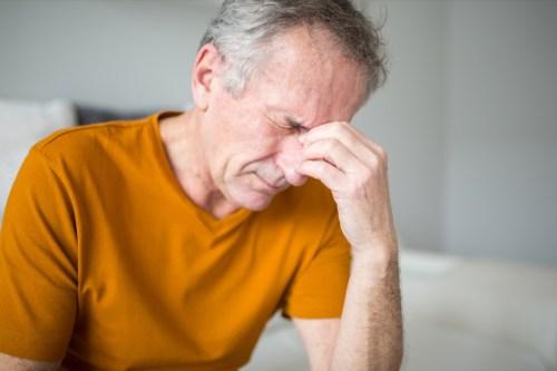 Một dấu hiệu nhỏ có thể cảnh báo đột quỵ trước hẳn 10 năm, ai có cần đề phòng từ sớm - Ảnh 1.