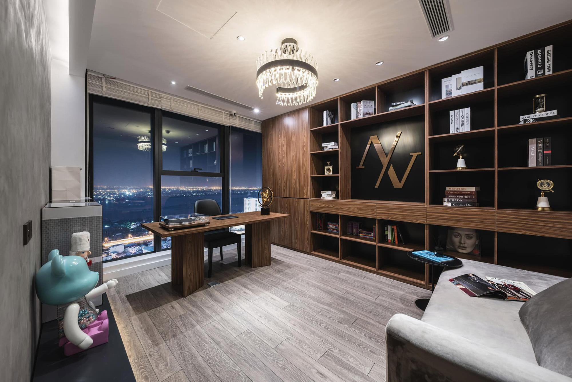 Penthouse 20 tỷ với gam màu đen huyền bí và sang trọng của 9X độc thân: Mạnh tay chốt đơn thiết kế lên tới 6 tỷ - Ảnh 12.