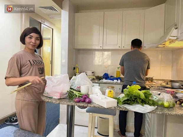 Hành trình chiến đấu với Covid-19 của phóng viên Việt Nam tác nghiệp tại UAE: Gục trong buổi họp báo, từng phải thở oxy vì tổn thương phổi nặng - Ảnh 10.