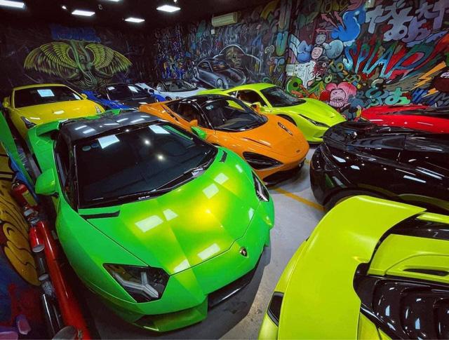 Dàn siêu xe trăm tỷ đỗ san sát nhau trong garage tại Sài Gòn, mỗi chiếc cách nhau chỉ gang tay khiến dân tình tò mò - Ảnh 1.