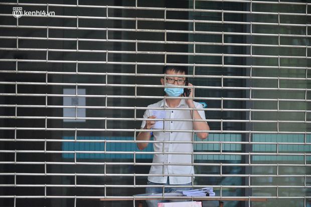 Hà Nội: Phong tỏa tạm thời trụ sở Bộ Công Thương sau khi ca mắc Covid-19 từng đến chuyển công văn - Ảnh 4.
