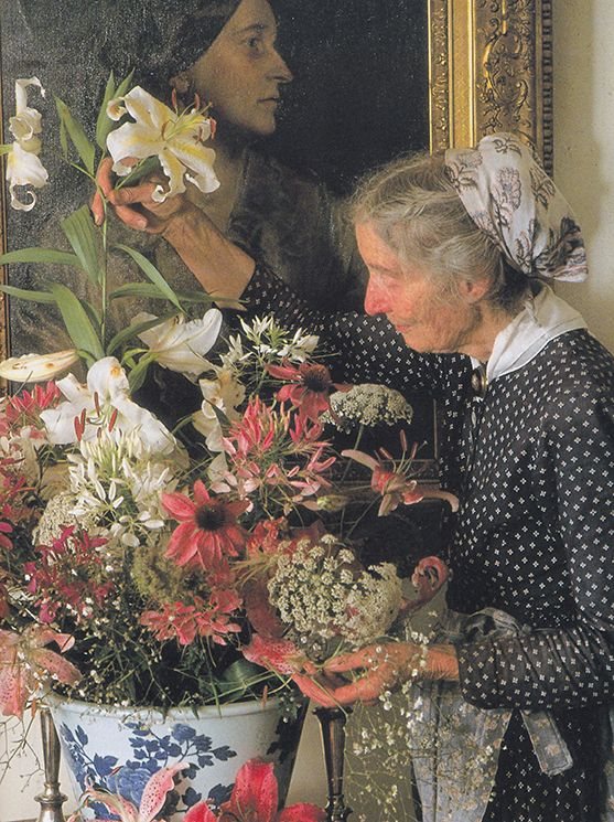 Cuộc sống bình yên ở nơi thôn quê đẹp như vẽ tranh của cụ bà 92 tuổi khiến ai ai cũng ngưỡng mộ: Làm mỏi mệt cả đời chỉ để mong lúc già bỏ phố về quê, trồng cây nuôi cá, sống đời an nhiên thế này - Ảnh 15.