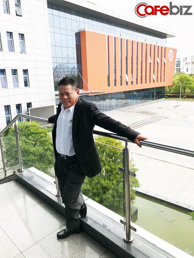 Hoàng Kiều: Cả đời gắn bó với lĩnh vực huyết tương, trở thành tỷ phú nhờ doanh nghiệp hoạt động tại Trung Quốc, thích làm từ thiện và mê hoa hậu - Ảnh 2.