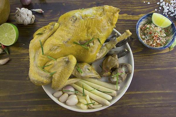Người Việt đừng kết hợp thịt gà với những thực phẩm đại kỵ này vì có thể sinh độc, hại thân hoặc lãng phí dinh dưỡng - Ảnh 2.