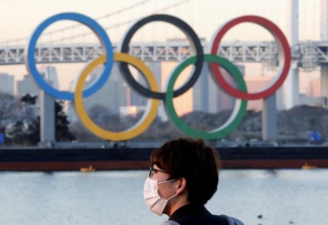 Olympic Tokyo: Từ cục cưng thành cục nợ 20 tỷ USD của Nhật Bản - Ảnh 2.