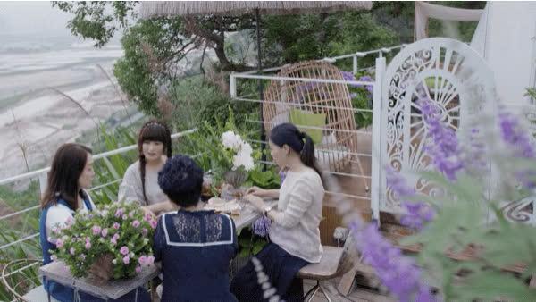 Người phụ nữ bỏ phố về quê để xây dựng vườn hoa 1500m2 đẹp nhất Trung Quốc: Nửa đời người dành cho gia đình, nửa đời sau, hãy dành cho chính mình - Ảnh 29.
