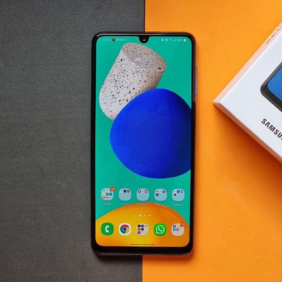 5 mẫu smartphone đáng chú ý vừa ra mắt tại Việt Nam, giá chỉ từ 6,3 triệu đồng - Ảnh 4.