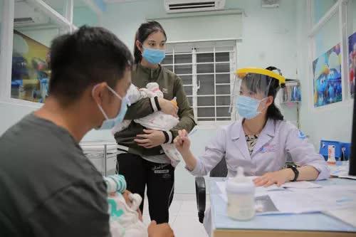 Bổ sung quyền lợi cho người khám chữa bệnh BHYT - Ảnh 1.