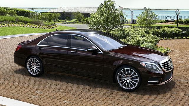 TikTok-er thế giới khoái nhất khoe BMW và Audi, còn Mercedes-Benz của các chủ tịch lại lặn mất tăm - Ảnh 4.