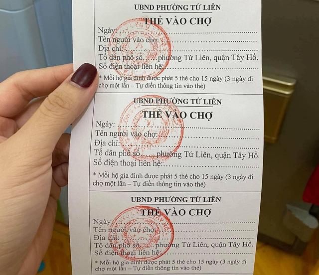 Một số chợ Hà Nội áp dụng tem phiếu ngày chẵn, lẻ - Ảnh 1.