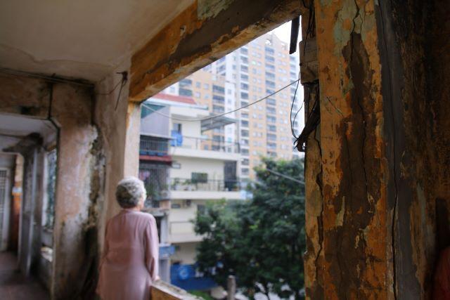 Mua chung cư cũ giá cao để chờ ngày cải tạo - Ảnh 2.