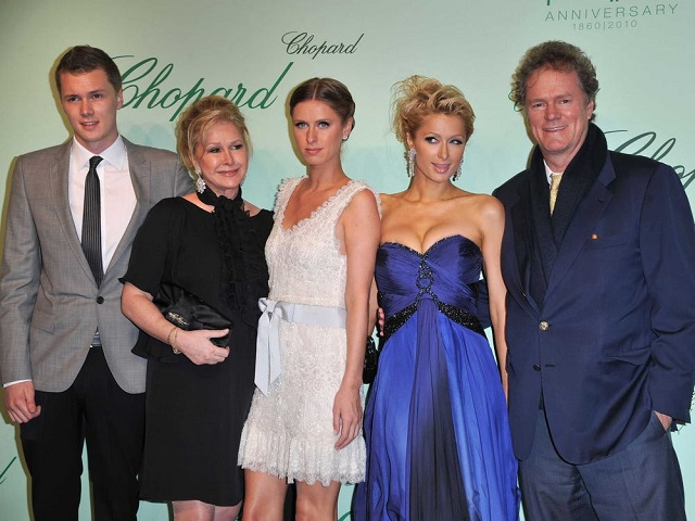 Ai là người giàu nhất gia tộc Hilton? - Ảnh 1.