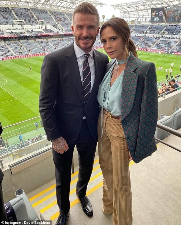 Hôn nhân 22 năm của David Beckham qua bài đăng 465 nghìn like: Chiếc nhẫn cầu hôn gần 2 tỷ và hàng loạt lời tố ngoại tình! - Ảnh 3.