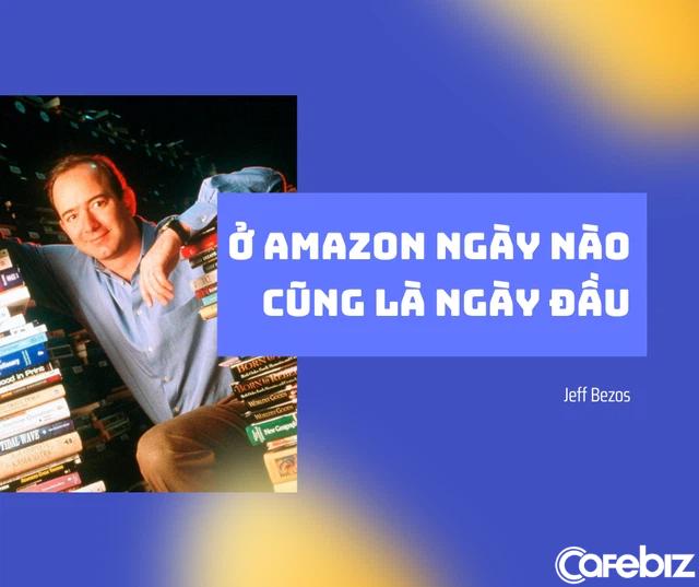 Cách Jeff Bezos giúp Amazon trị vì suốt 26 năm trên ngai vàng vua thương mại điện tử: Mãi mãi tinh thần khởi nghiệp, khô máu với chính đối tác miễn sao mình sống sót - Ảnh 1.