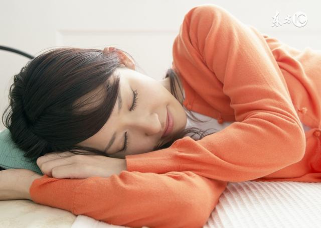Buổi sáng thức dậy, cơ thể xuất hiện 5 tình trạng này thì cần cảnh giác, đó có thể là dấu hiệu của bệnh nguy hiểm - Ảnh 1.