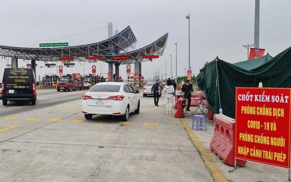 Chỉ những người âm tính với SARS-CoV-2 mới được vào Hải Phòng, Quảng Ninh - Ảnh 2.
