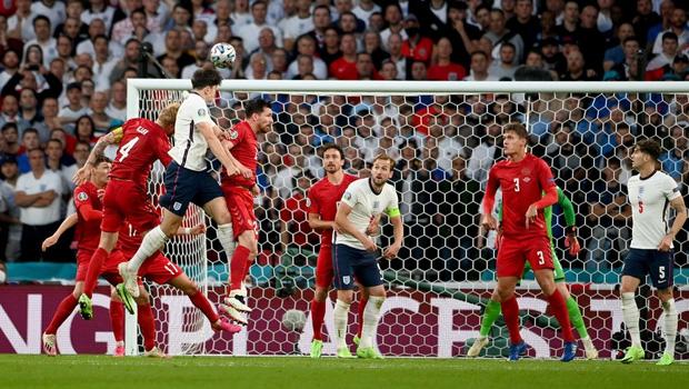 Đánh bại Đan Mạch bằng quả phạt đền gây tranh cãi, tuyển Anh lần đầu tiên trong lịch sử lọt vào trận chung kết Euro - Ảnh 2.