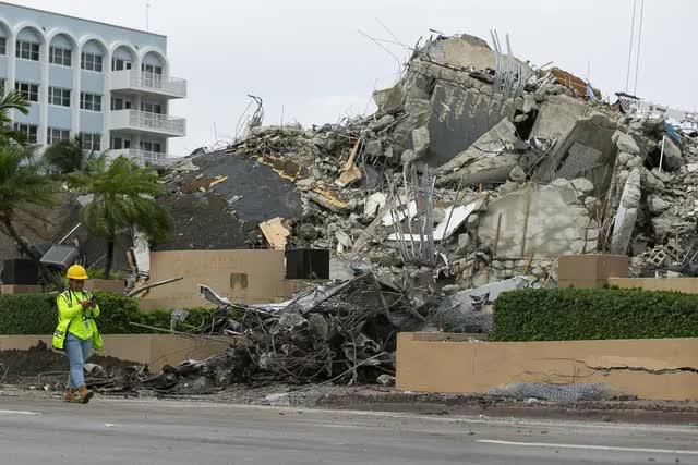 Sập chung cư ở Florida: Tiếp tục triển khai công tác tìm kiếm, số nạn nhân tử vong tăng lên 60 - Ảnh 2.