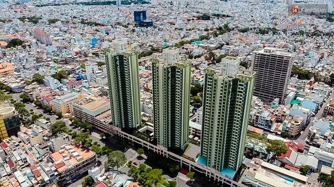 Ảnh: Cận cảnh toà nhà Thuận Kiều Plaza, nơi chuẩn bị được trưng dụng làm bệnh viện dã chiến điều trị COVID-19 - Ảnh 2.