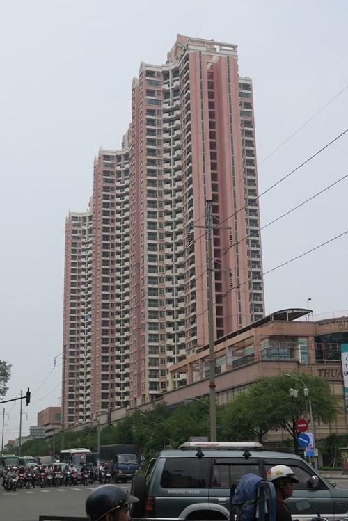 """Thuận Kiều Plaza từng sở hữu nhiều cái """"NHẤT"""", trong đó có một thứ khiến người Sài Gòn một thời """"đi đâu cũng ngước cổ lên trời"""" - Ảnh 7."""