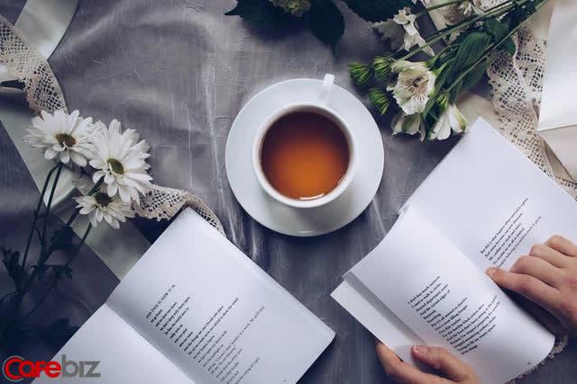 Sống đơn giản giữa dòng đời xô bồ: Gia đình hòa thuận, ngày ngày đọc sách, có mục tiêu để hướng tới - Ảnh 2.