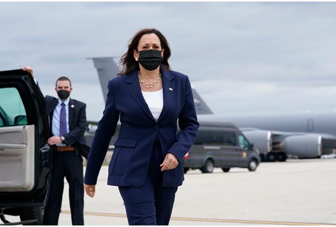 Đại sứ Phạm Quang Vinh: Đằng sau chuyến thăm lần đầu của một Phó Tổng thống Mỹ và kỳ vọng Việt Nam thành 'hub' sản xuất vaccine khu vực - Ảnh 2.