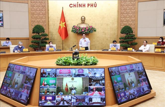 Thủ tướng Phạm Minh Chính: Đã hy sinh kinh tế, thực hiện giãn cách xã hội thì phải sớm đạt mục tiêu kiềm chế dịch bệnh  - Ảnh 2.