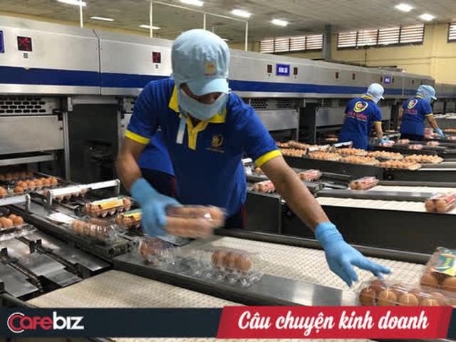 Cung cấp 1 triệu quả trứng mỗi ngày, bà Ba Huân từ chối nâng giá: Dân nghèo mới xài nhiều trứng nên tôi để giá bình ổn - Ảnh 1.