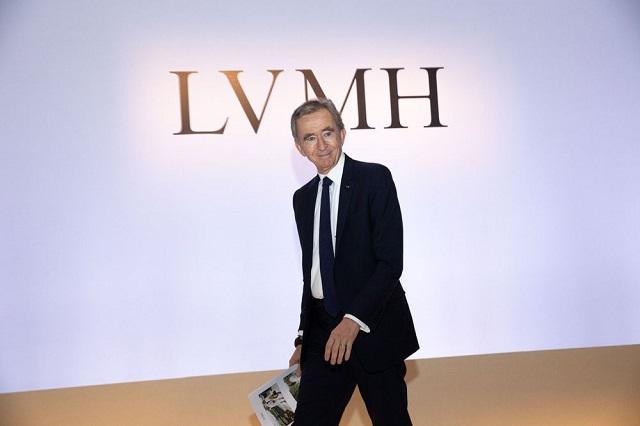 Tỷ phú giàu nhất ngành thời trang: Sở hữu 75 thương hiệu đình đám, tài sản gần gấp đôi Warren Buffett - Ảnh 3.