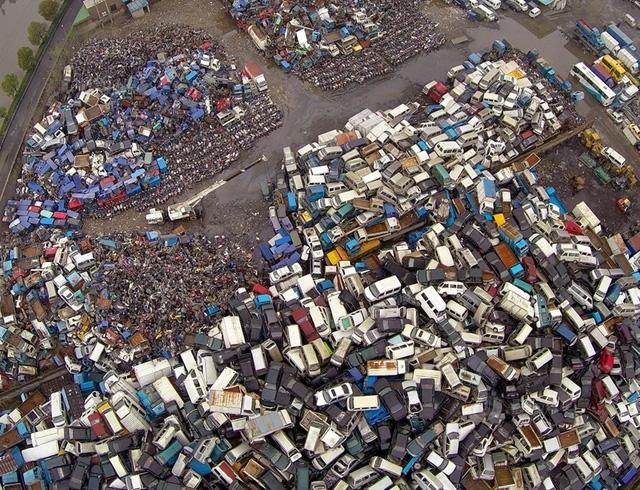 Xót xa toàn siêu xe, xe siêu sang tại nghĩa địa ô tô Trung Quốc: Rolls-Royce, Porsche, Corvette vứt cả đống, từ từ mục nát - Ảnh 8.