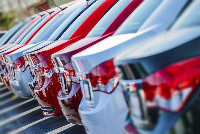 Chi phí chạy quảng cáo lại trở thành gánh nặng với dân sales khi thị trường ô tô ảm đạm. Ảnh minh họa: RetailNewsAsia