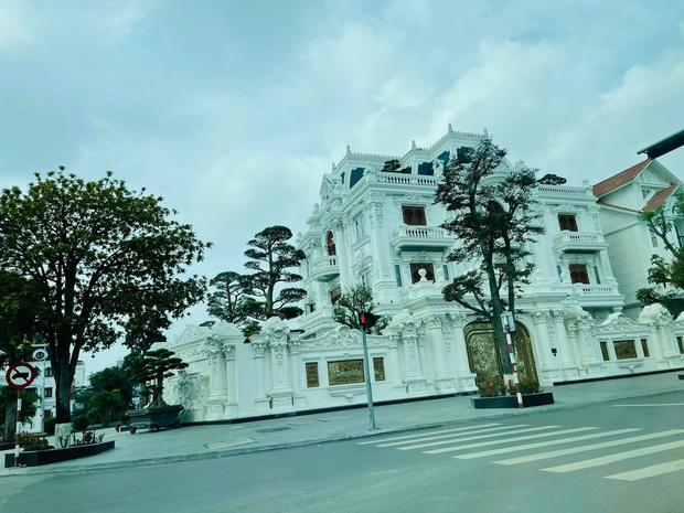 Lâu đài hoành tráng bậc nhất Hải Phòng của đại gia xăng dầu Ngô Văn Phát đáng giá bao nhiêu? - Ảnh 3.