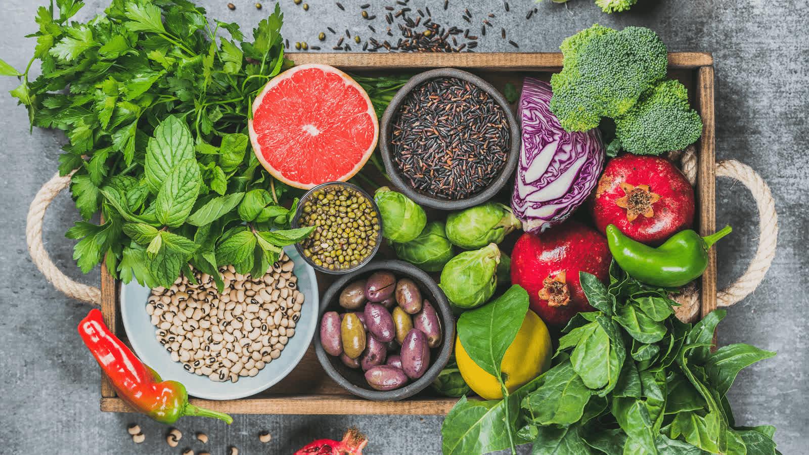 4 cách tăng cường sức đề kháng, hạn chế ốm vặt, mệt mỏi vào lúc giao mùa: Dinh dưỡng đầy đủ, sinh hoạt điều độ là chìa khóa của sức khỏe - Ảnh 1.