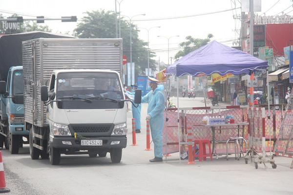 Doanh nghiệp vận tải thiếu oxy vì Bộ tiêu chí đánh giá hoạt động giao thông vận tải - Ảnh 1.