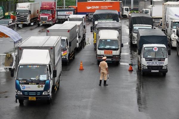 Doanh nghiệp vận tải thiếu oxy vì Bộ tiêu chí đánh giá hoạt động giao thông vận tải - Ảnh 2.