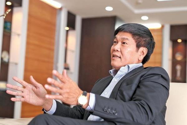 Các thiếu gia tỷ phú tấp nập lộ diện: Con trai ông Phạm Nhật Vượng, ông Trần Đình Long đến nữ tỷ phú đô la - Ảnh 1.