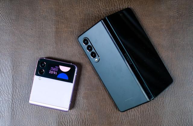 Samsung mở bán Galaxy Z Fold3, Z Flip3 tại Việt Nam, ghi nhận doanh số kỷ lục - Ảnh 2.