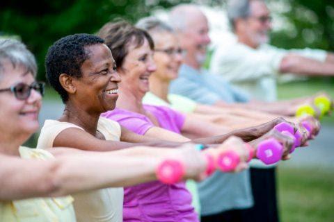 """Sau 50 tuổi, chạy bộ mỗi ngày có còn """"lý tưởng"""" hay chỉ đang đẩy nhanh quá trình """"lão hóa xương""""?  - Ảnh 4."""
