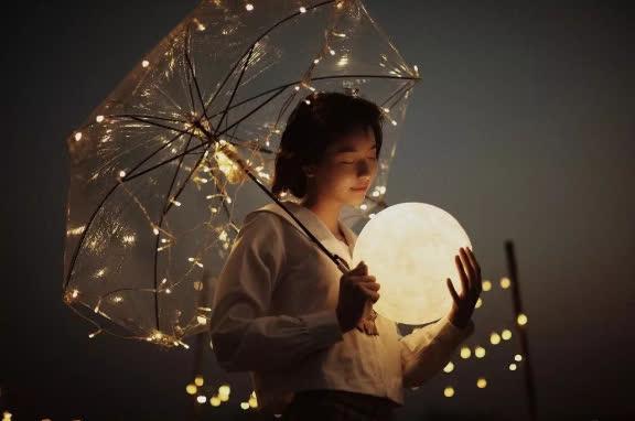 Người trưởng thành, hãy học cách tự che ô cho mình: Chỉ bằng cách này bạn mới không sợ hãi và luôn tiến về phía trước trong cuộc đời đầy mưa gió - Ảnh 3.
