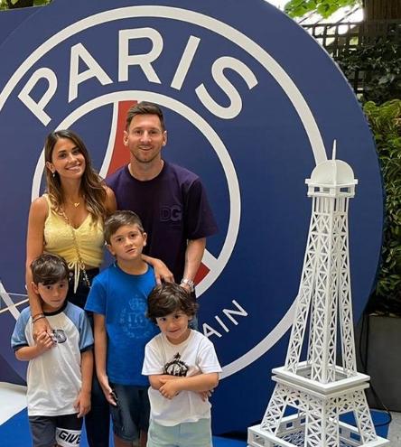 Lionel Messi nhắm thuê Lâu đài màu hồng có 30 phòng, trị giá 48 triệu euro tại Paris - Ảnh 1.