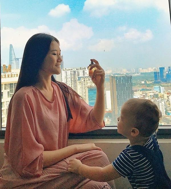 Cuộc sống như bà hoàng của Á quân Vietnams Next Top Model tại Dubai: Ở nhà 23 tỷ, thuê giúp việc 17 triệu, đi du lịch đều đều - Ảnh 5.